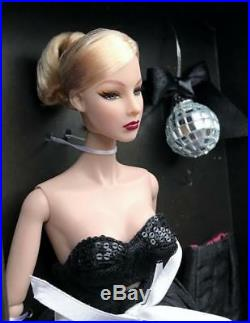 12 FRDressing The Part Agnes Von Weiss Dressed DollLE 750MIBRare
