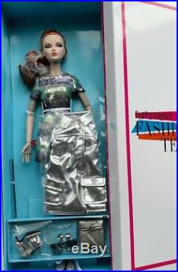 16 FRSilver Shine Fashion Teen Mallory Martin Dressed DollLE 300NIBRare