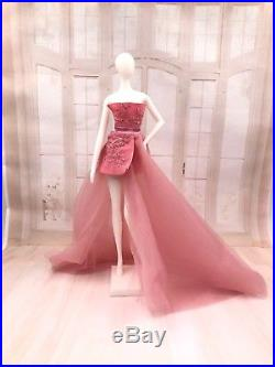 1/6 FR2 Fashion Royalty Integrity Doll size Mannequin for Dispaly Outfit #4