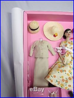 2013 Integrity Fashion Royal Let's Kiss and Make Up Doll Gift Set LE 400 NRFB