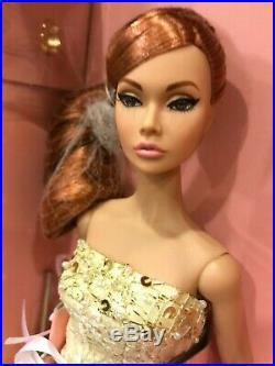 Elegant Evening Poppy Parker Dressed Doll Convention Exclusive Centerpiece NRFB