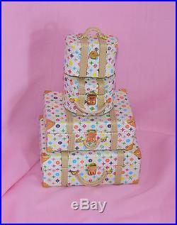 Fashion Royalty 12 Perfect Skin Gift Set Luggage Fits Most 11 1/2 12 Fashion