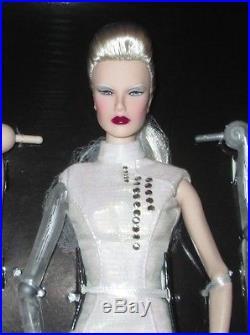 FASHION ROYALTY 2016 IFDC Convention Doll Dasha As Anika Luxottica NRFB