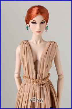 FEMALE ICON Dasha d'Amboise Dressed Doll 2018 Integrity COMP WINNER 91437 NRFB