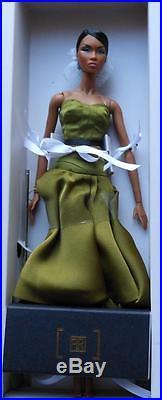 FR2Vivid Encounter Adele Dressed DollLE 400NIBNRFBRare