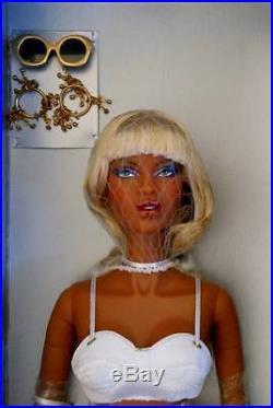 FRBombshell Adele Makeda Dressed DollLE 800NIBNRFB