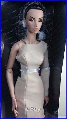 FR 16 ITBE Avantguard Forward Capsule Collection LE 200 dolls NRFB