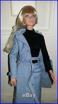FR/INTEGRITY TOYS BEATNIK BLUES POPPY PARKER Display doll