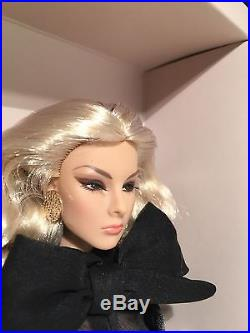 FR IT 2014 Gloss Convention Centerpiece Doll Giselle Diefendorf Sensuous Affair