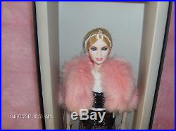 FR IT Erin S. She Owns Everything Dressed Doll NU Face Collection NRFB