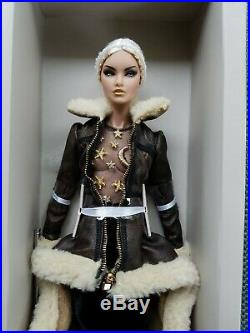 Fairytale Convention Fashion Royalty 24K Erin dressed Doll Nu Face NRFB Shipper