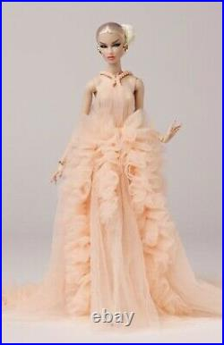 Fashion Royalty Ethereal Beauty Vanessa Perrin Doll NRFB IT Fashion Week Con