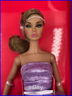Fashion Royalty Friend or Foe Poppy Parker and Ginger Gilroy Gift Set