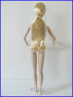 Fashion Royalty Goddess Tatyana Alexandrova Nude With Stand Extra Hands & Coa