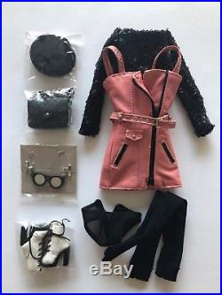 Fashion Royalty/ Integrity Toys/Mad Love Rayna/ outfit+accessories only