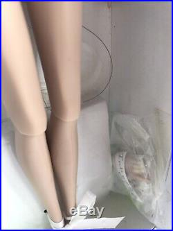 Fashion Royalty Intimate Reveal Agnes Von Weiss nude doll VHTF Convention Exclus