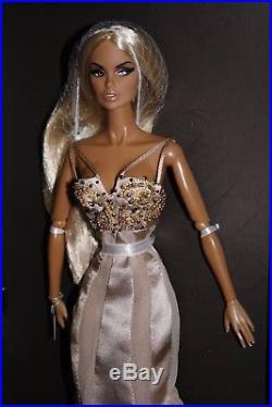 Fashion Royalty Miami Glow Vanessa Perrin Dressed 12 Doll rare