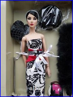 Fashion Royalty Nu Face Glam Addict Giselle dressed doll NRFB shipper