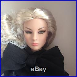 Fashion Royalty Sensuous Affair Giselle Doll NRFB