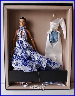 Fashion Royalty / W Club Exclusive Metamorphosis Erin Salston Gift Set / Mnrfb