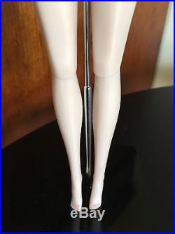 Fashion Royalty Wicked Valentine Agnes Von Weiss Doll FAO Schwartz Exclusive