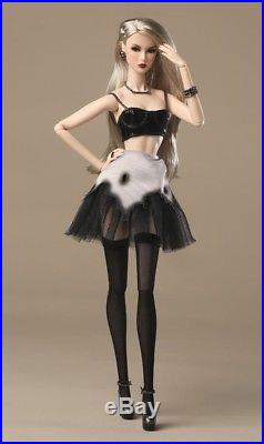 Fashion Royalty reckless NU. Face Smoke & Mirrors Lilith Dressed Doll NRFB