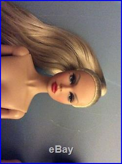 Fashion royalty poppy parker 4 Dolls No Reserve Please Read