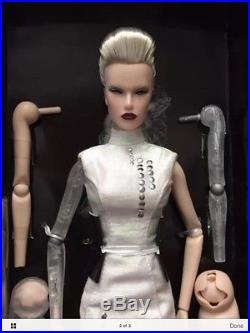 IFDC 2016 Exclusive Convention Doll Dasha as Anika Luxottica
