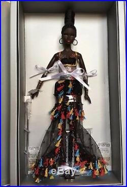 ILLUSIONIST NADJA DRESSED DOLL FASHION ROYALTY Nu. Face Agency Collection-NRFB