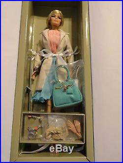 Integrity FR Haute Societe Veronique Perrin doll
