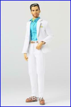 Integrity Poppy Sergio Silva Man of Mystery NRFB Doll PP147