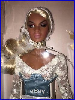 Integrity Toys 2017 Convention FR SWEET DREAMS NADJA Gift set With Body NRFB