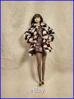 Integrity Toys Fashion Royalty Kicks Poppy Parker Supermodel Centerpiece Doll