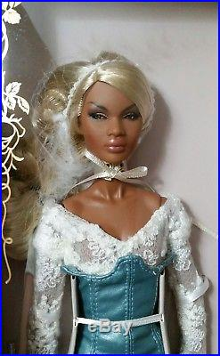 NRFB COMPLETE Giftset Sweet Dreams Nadja Nu. Face Integrity Toys Fashion Royalty