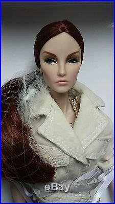 NRFB ELISE JOLIE MONTAIGNE MARKET 2014 doll Integrity Fashion Royalty ELYSE