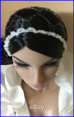 NRFB Fashion Royalty English Rose Eugenia Live From Fashion Week Integrity Doll