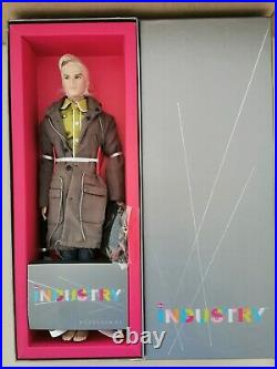 NRFB HOT TO THE TOUCH BELLAMY BLUE INDUSTRY MALE FASHION ROYALTY INTEGRITY Doll
