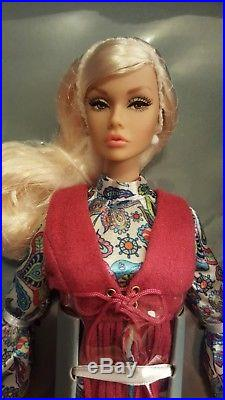 NRFB Integrity IFDC Convention Time of the Season Poppy Parker Dressed Doll