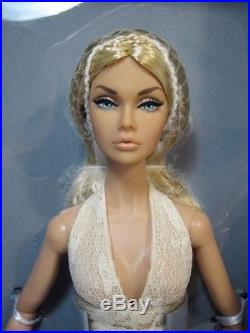 New 2018 IFDC Poppy Parker Souvenir Convention Doll NRFB SUMMER OF LOVE #2