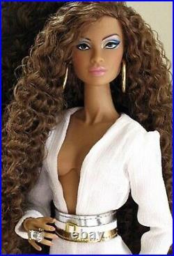 Nyasha Lauder Color Infusion Fashion Royalty- Integrity Toys 2015 Nrfb