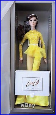 Optic Illusion Giselle Diefendorf NRFB 2018 Luxe Life Convention Doll