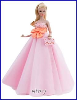 PREORDER Integrity Legendary Commanding Attention Poppy Parker Dressed Doll
