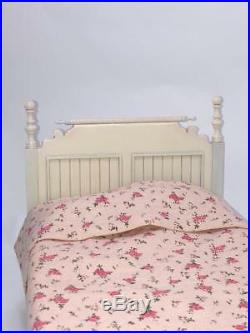 Playscale 16 scale doll bed Barbie Fashion Royalty Blythe BJD Icy LAST ONE