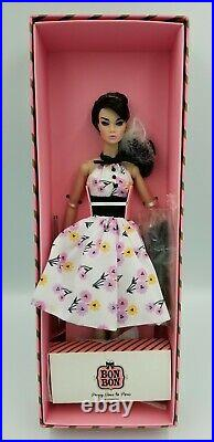 Poppy Parker -Paris In The Spring Time NRFB with display (barbie size doll)