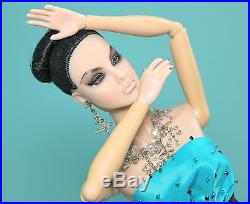 RARE High Gloss AGNES Von Weiss DRESSED Fashion Royalty Doll Integrity Toy