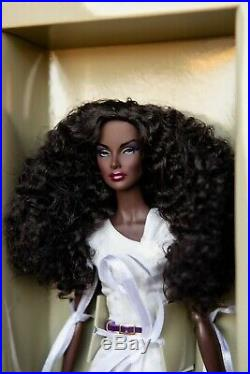 Rare Appearance Dania Zarr Fashion Royalty Integrity Doll MIB