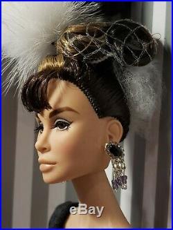 Rare Holly Golightly Breakfast At Tiffanys How Do I Look Doll Giftset Integrity