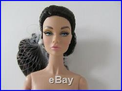 Split Decision Poppy Parker Dark Hair Nude With Stand & Coa