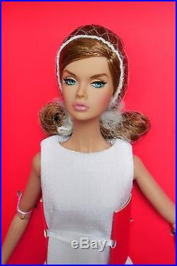 The 2016 Supermodel Convention MODEL LIVINGPoppy Parker Dressed Doll NRFB